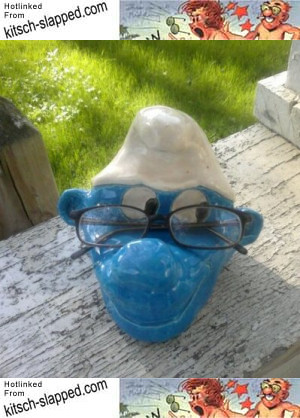 handmade-smurf-glassholder