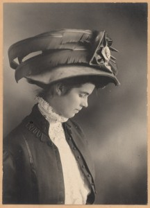 victorian-lady-with-a-big-fancy-feathered-hat