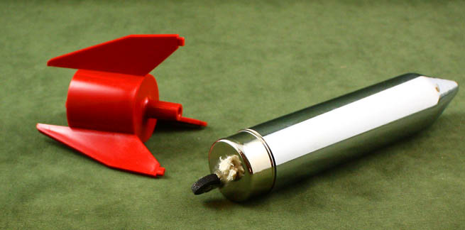 atomic-retro-1950s-chrome-rocket-lighter