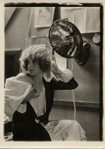 vintage-charles-sheldon-flapper-using-early-hair-dryer-photo