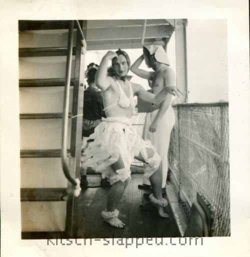 vintage crossdressin male cruise
