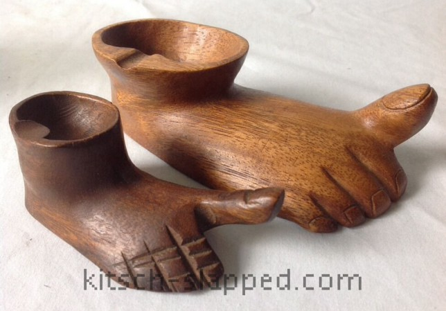 pair of vintage carved bare feet wooden ashtrays with big toes pointing up